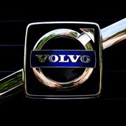 Аренда экскаваторов Volvo, гидромолоты Delta.