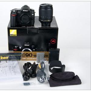 Nikon D90 цифровая камера с 18-135mm объектив