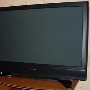 Продам телевизор Panasonic VIERA TH-R42PV7KH