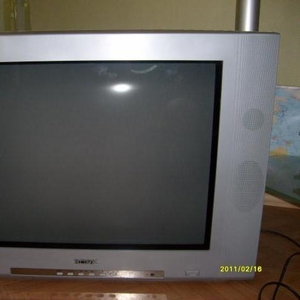 Продаю телевизор  BORK