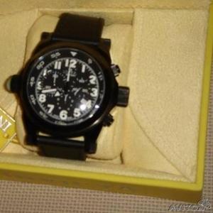 Продам часы мужские INVICTA 4830 (новые в упаковке)