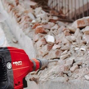 Демонтаж домов,  стен,  полов,  перегородок,  крыш