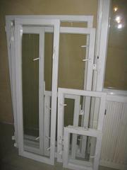 Продаётся деревянный оконный блок с балконной дверью